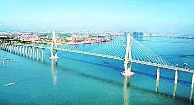 坡头海湾大桥连接线