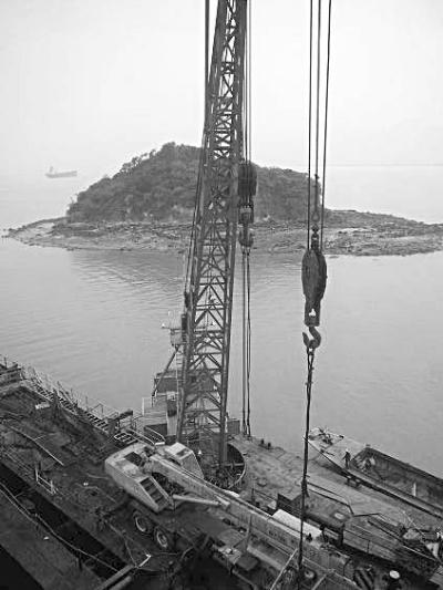 民国初期福安沙岩村的造船楼已能制造100吨位的木质机动货船,外塘村的
