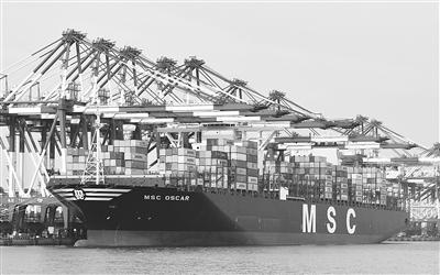 """继续保持全国沿海港口首位;而后,青岛港力推""""内陆油港""""建设—&"""
